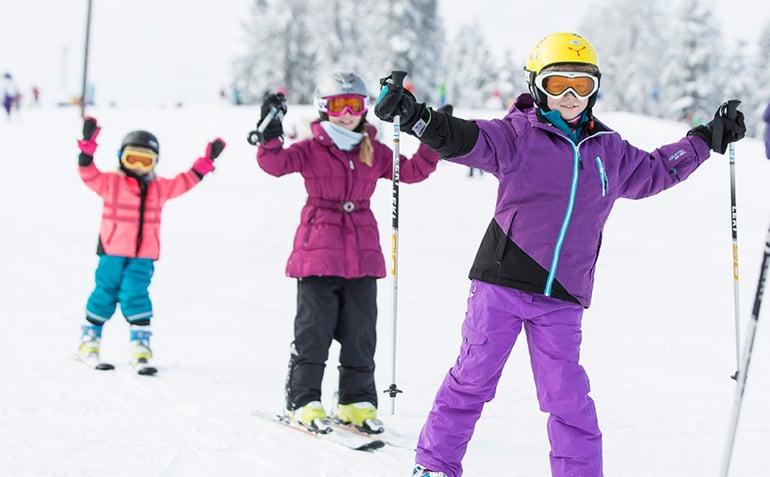 danski-skiferie-familie-skiskole
