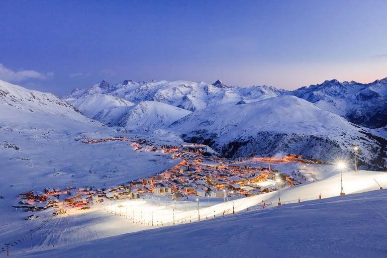 l-alpe-d-huez-european-best-destinations-copyright-laurent-salino-alpe-d-huez-tourisme-1