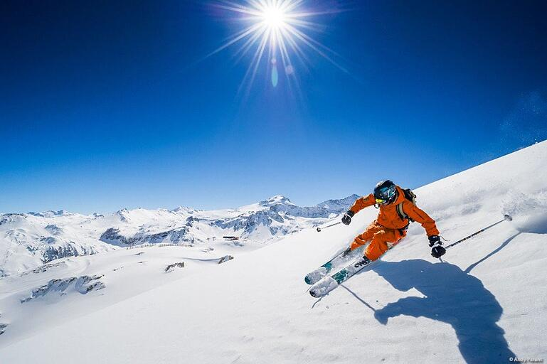 tignes-skiing1-1024x682